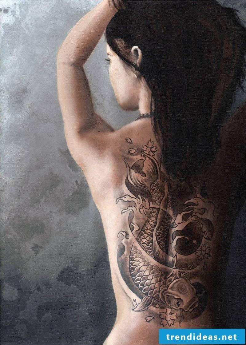 cool tattoo ideas women back tattoo motifs women