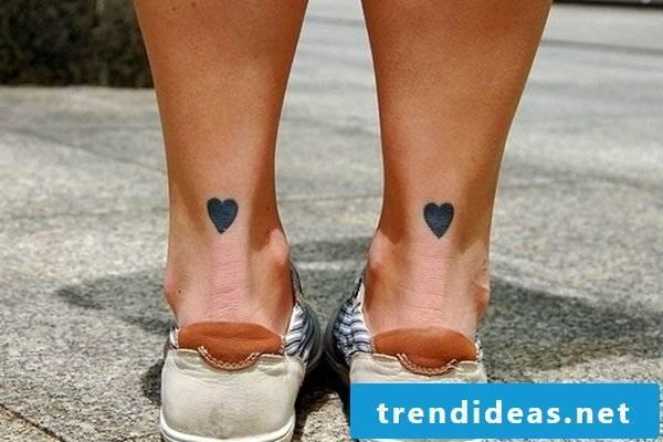 heart tattoo motifs women tattoo ideas