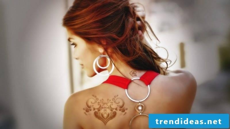 back women tattoos tattoo ideas women heart tattoo motifs