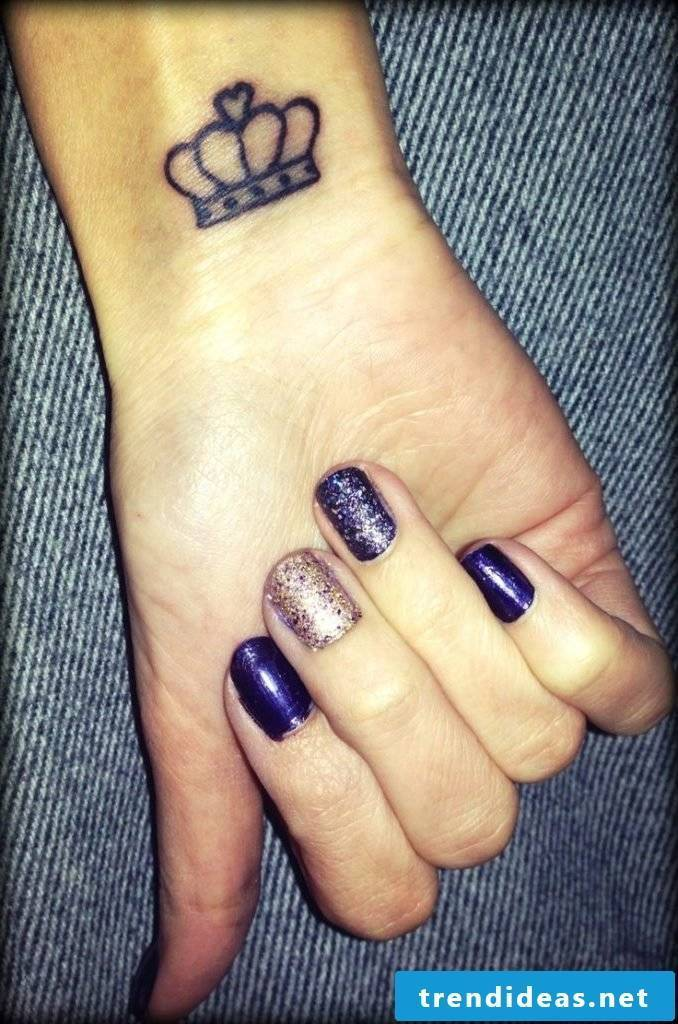 Small tattoos women wrist tattoo ideas women's crown tattoo motifs