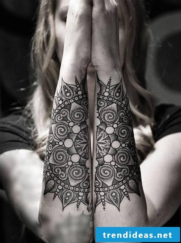abstract tattoo motifs women tattoo ideas women