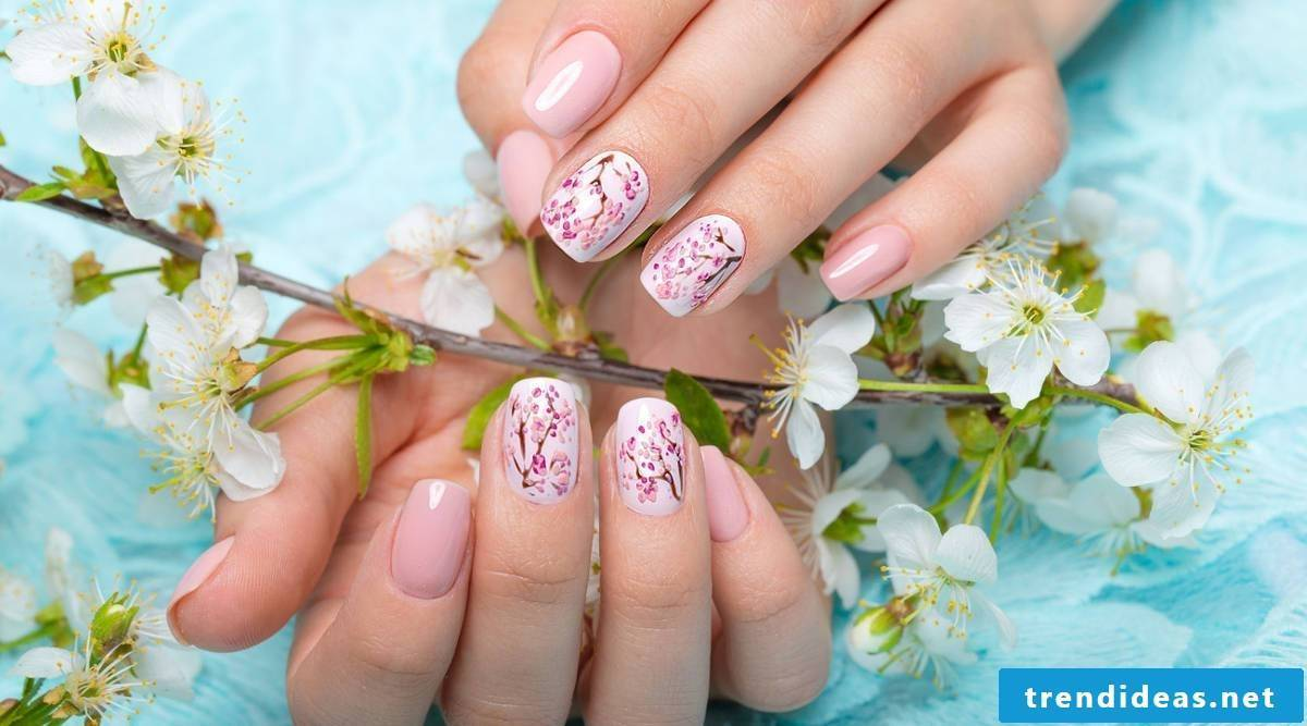 Nail art design for Spring and Easter 2018