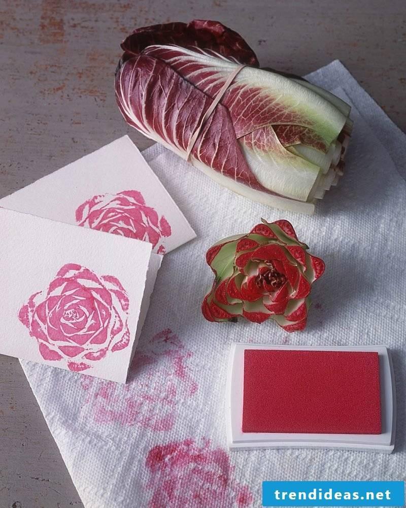 Make DIY stamp yourself with vegetables