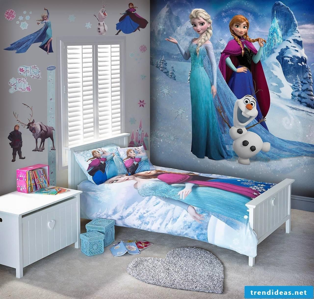 Frozen wallpaper - a true girl's dream