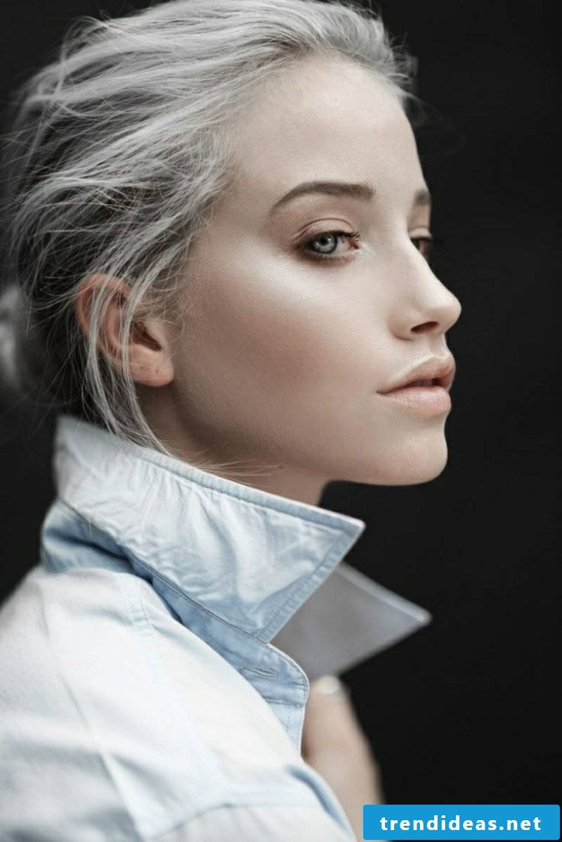 gray hair impressive look