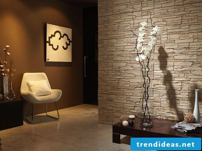 Wall panels with stone look in beige