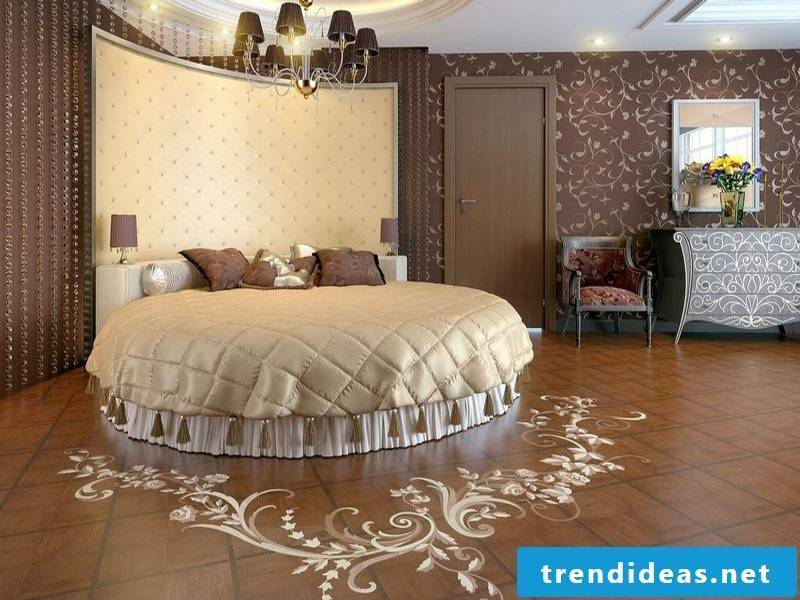 Parquet decoration in the bedroom