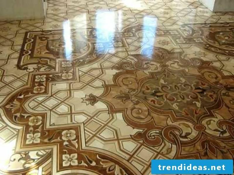 excellent lacquered parquet floor