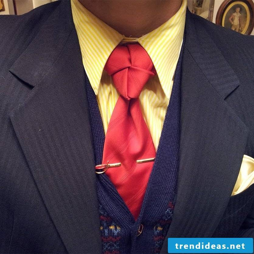 Wear your tie in style!