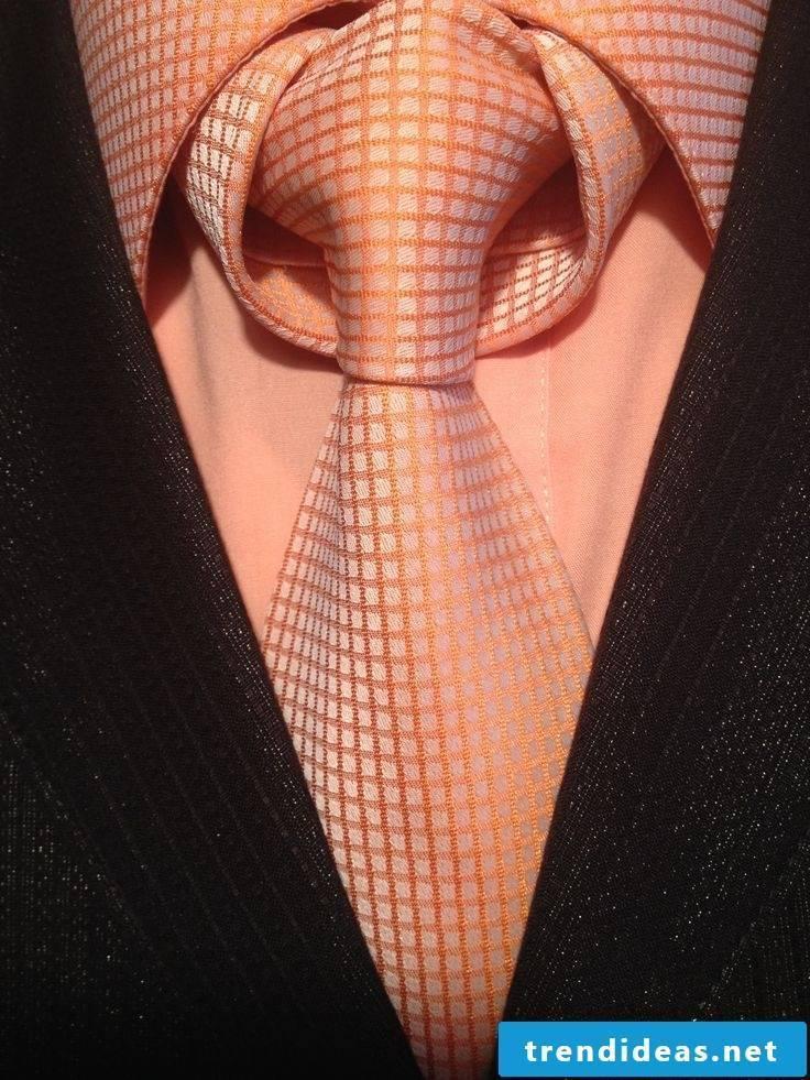 DIY tie knot