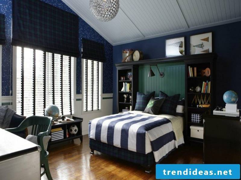 Color contrast in the boy's room