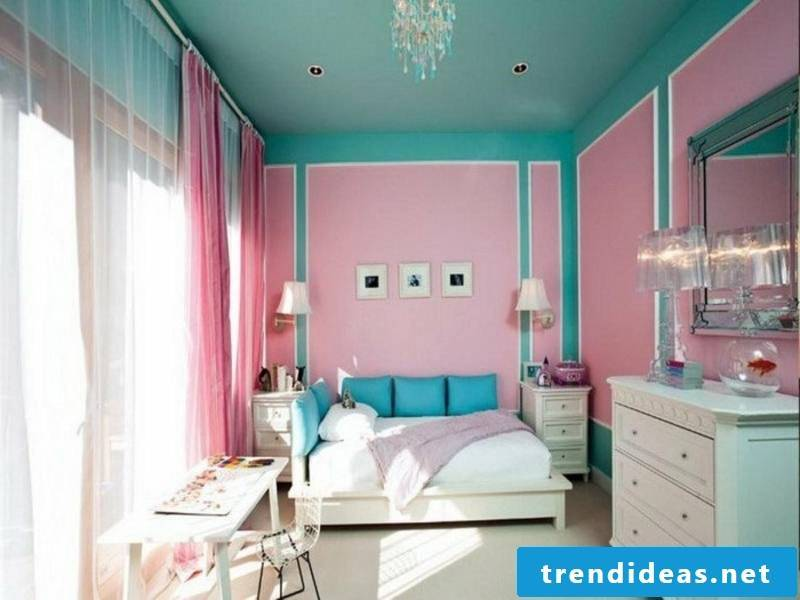 blue-pink design in the nursery