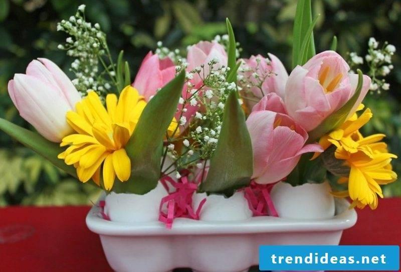 Easter decoration floral arrangements