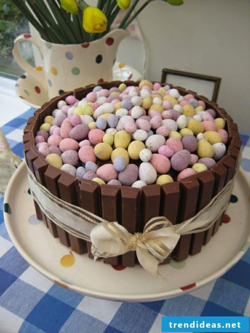 Make Easter gifts and bake cake