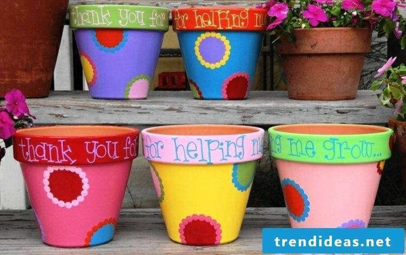 Easter presents tinkle clay pot