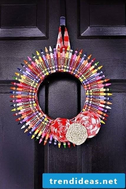 Decorate for school enrollment