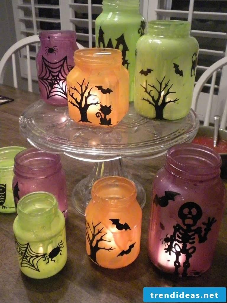 Make glass lanterns yourself for Halloween