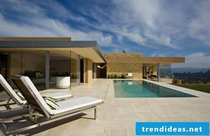 Travertine tiles in the outdoor area