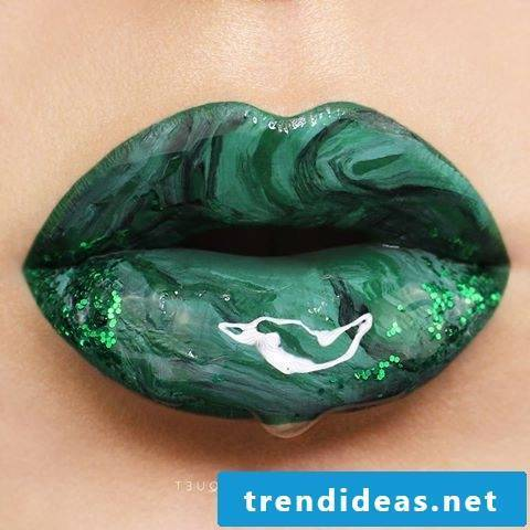 Green marble lips