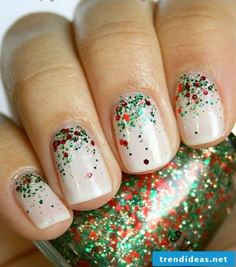Nail art design for Christmas sparkling nails