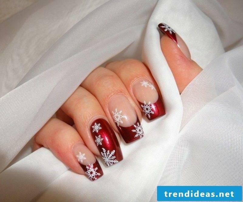 Nail design for Christmas