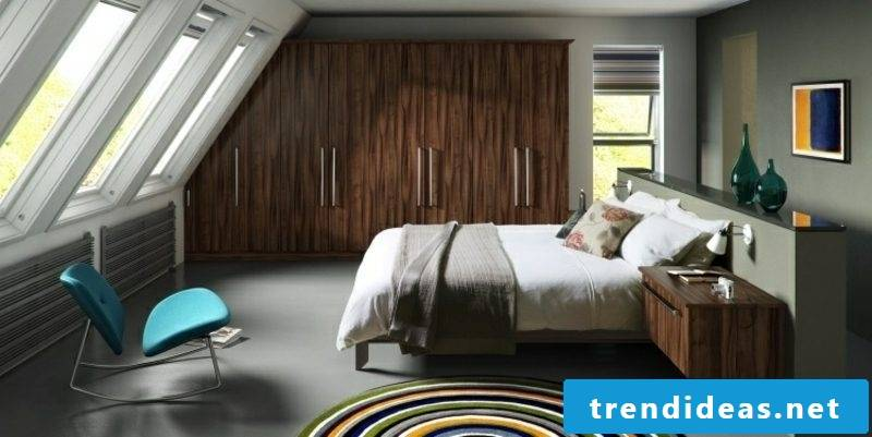 Wardrobe solid wood roof pitch