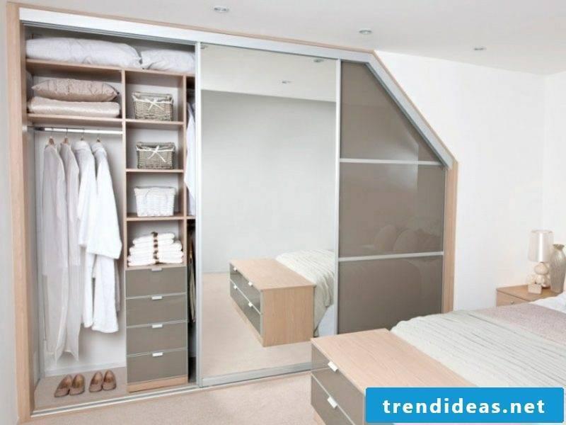 walk-in wardrobe under sloping roof original design ideas