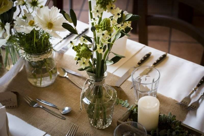 wedding flower arrangements classic