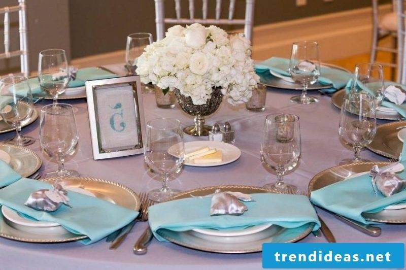 wedding flower arrangements tendentious