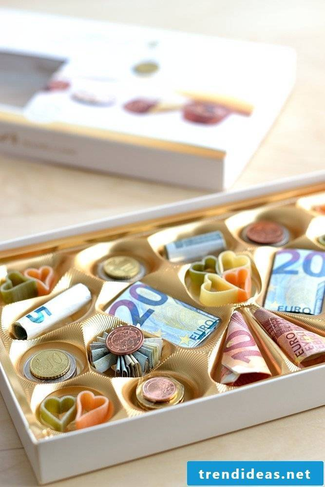 Gifts for wedding chocolates