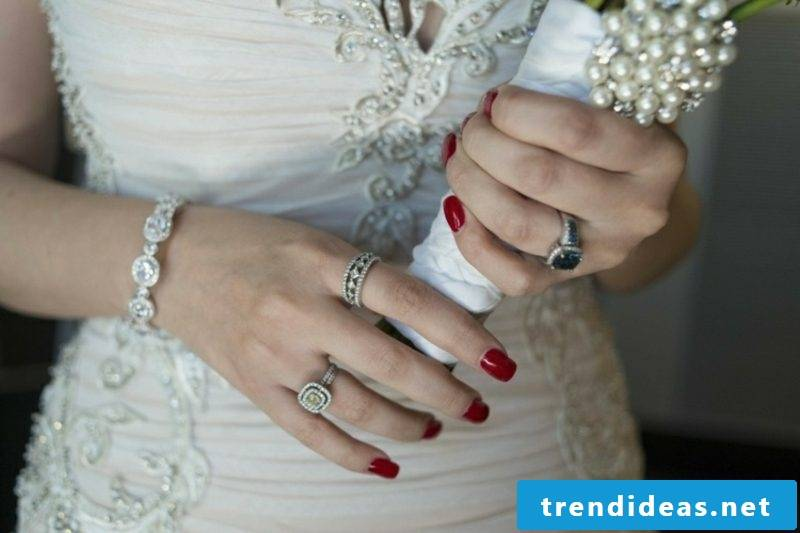 Bridal nails in red gorgeous look