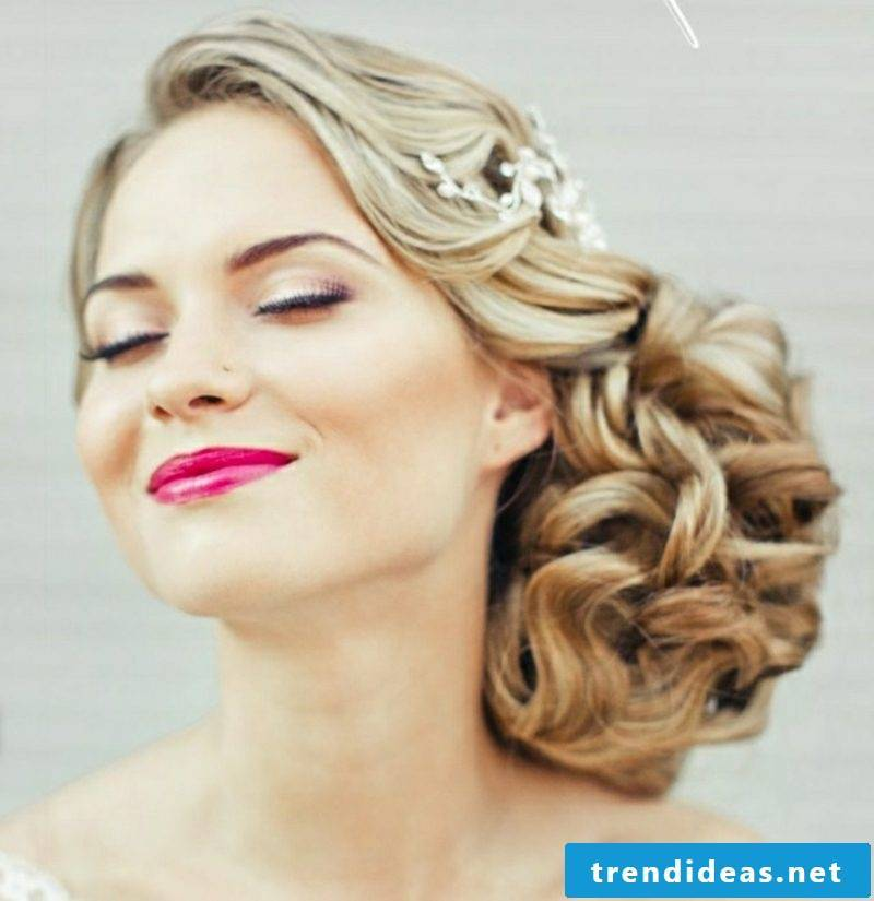 casual updo wedding