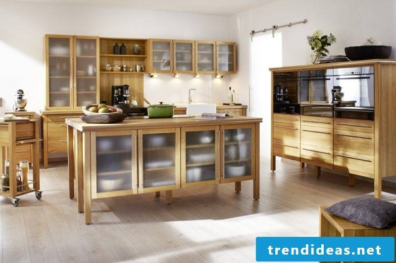 Modular kitchen in solid wood country style