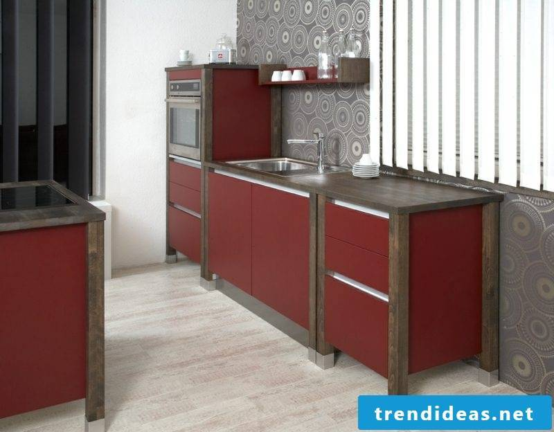 Early modular kitchen in red