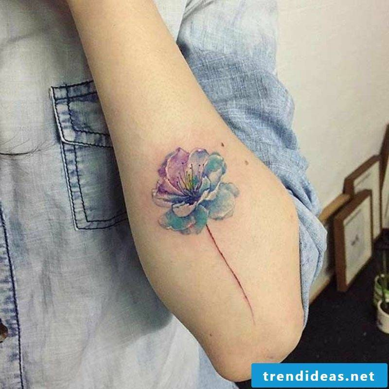 Watercolor tattoo woman flower gorgeous look