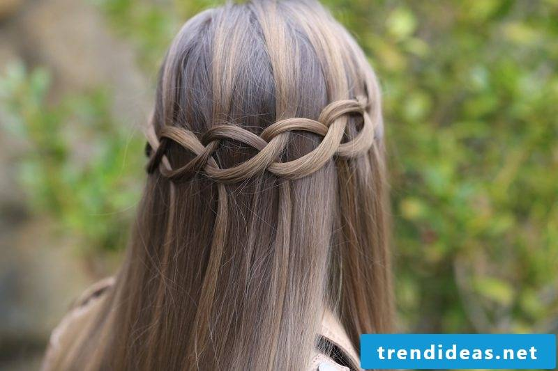 Waterfall hairstyle loose guide