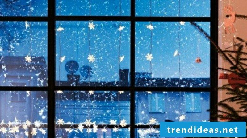 Window pictures for Christmas paper stars