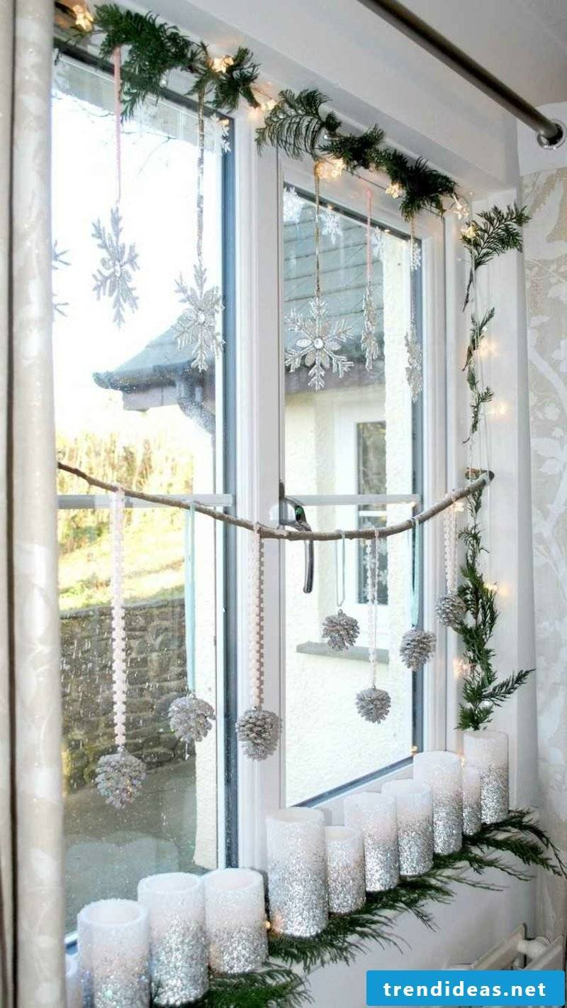 Window pictures for Christmas candles snowflakes pine cones