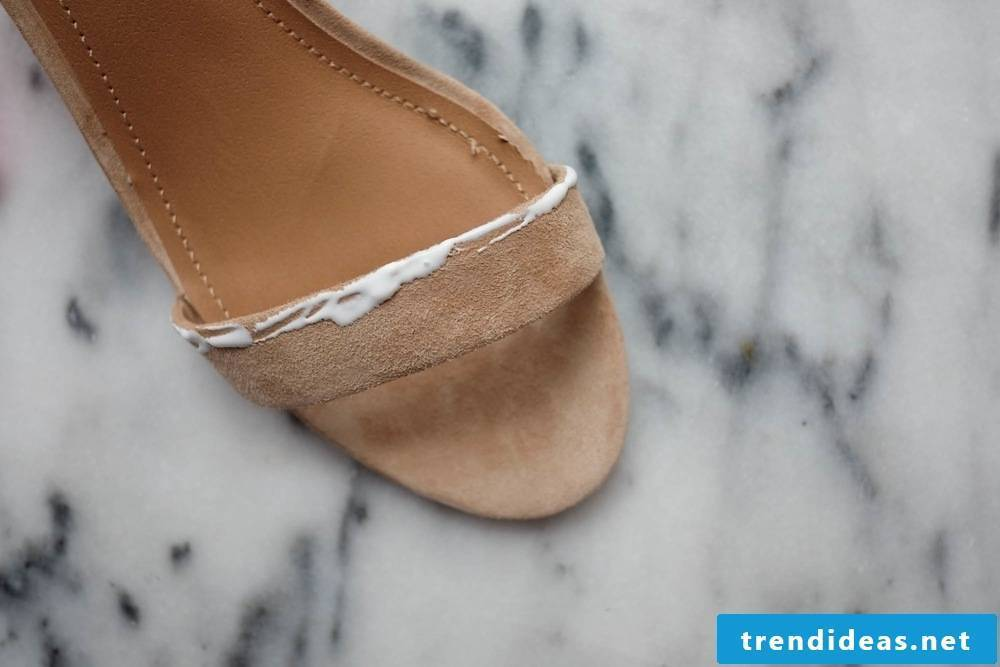 A great guide for spicing up old women's shoes
