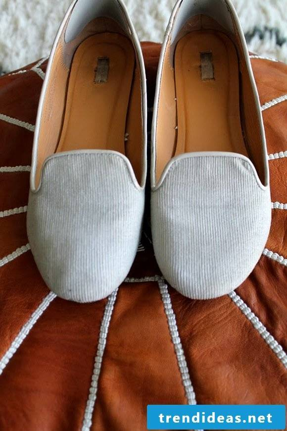 The old women's shoes conjure up a new look