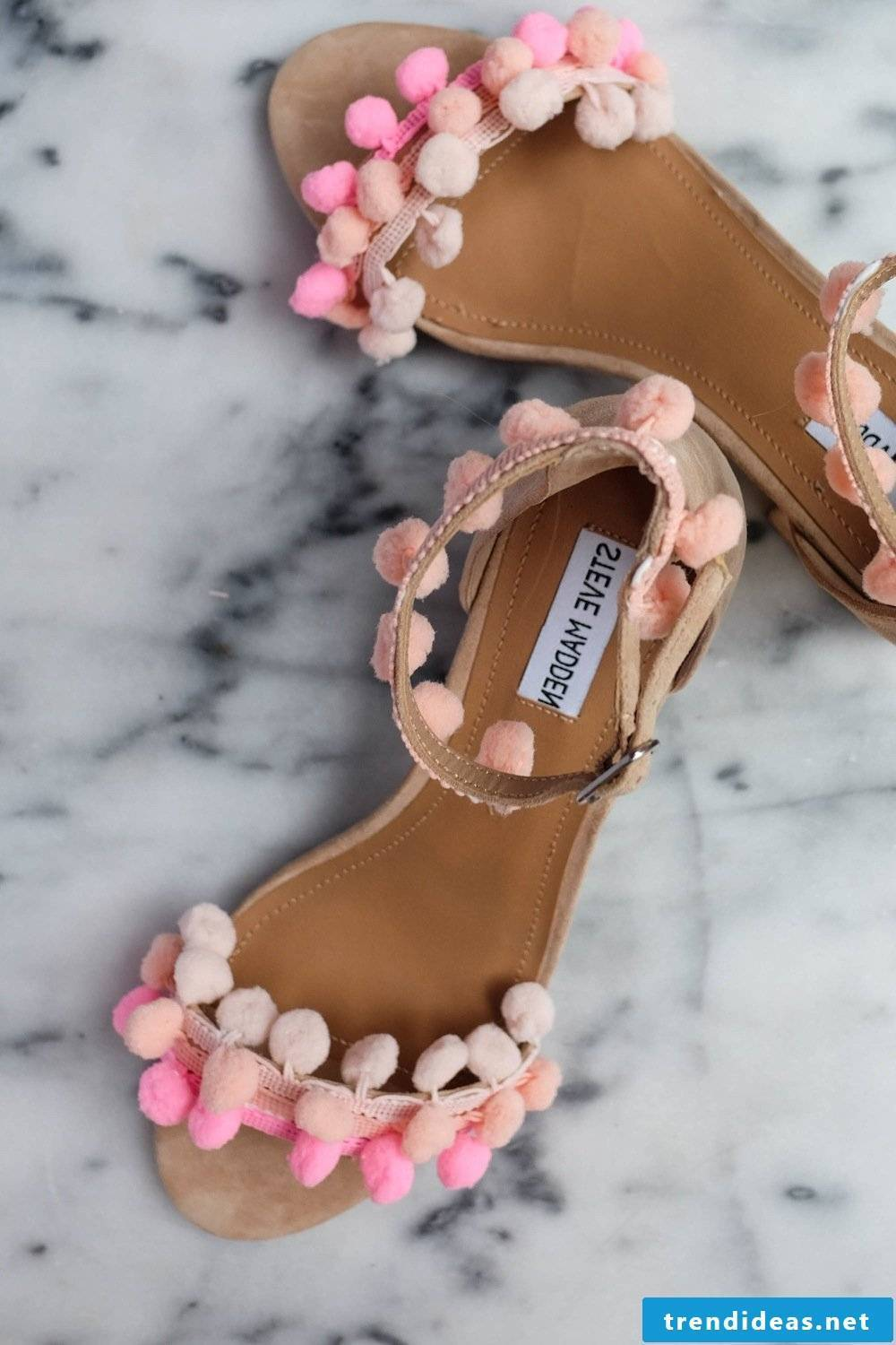 Give the old summery women's shoes a new funny look