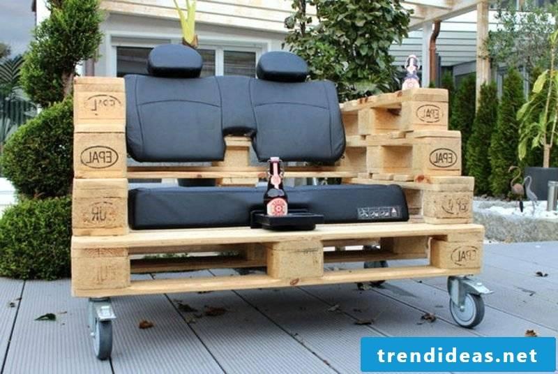 Pallet sofa built by itself fancy design