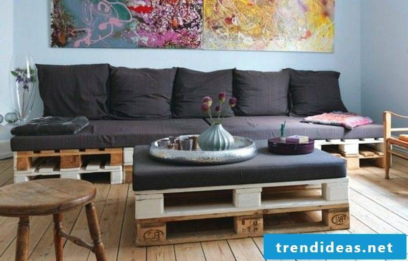 Sofa and coffee table made of europallets creative DIY ideas
