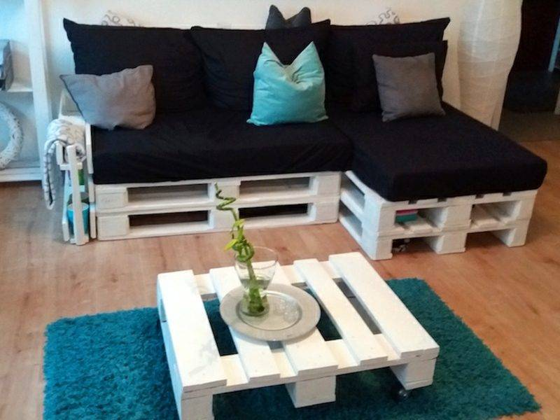 Pallet sofa and coffee table painted white
